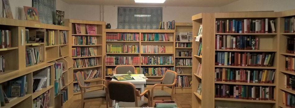 <div class=slidertitel>Während der Ferien</div><div class=slidertext>für Kinder- und Jugendbücher keine Entlehngebühr!</div>