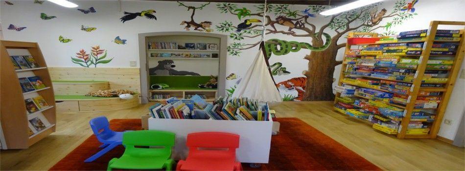<div class=slidertitel>Neuer Kinder-/Jugendraum</div><div class=slidertext>Neugestaltung unserer Bücherei</div>